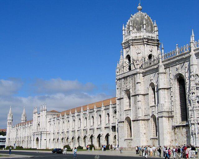 Lissabon met de auto verkennen