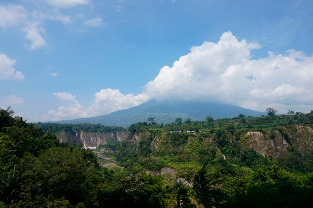 Vulkanen bij Bukittinggi