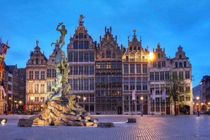 Waarom je in December een bezoek moet brengen aan Antwerpen