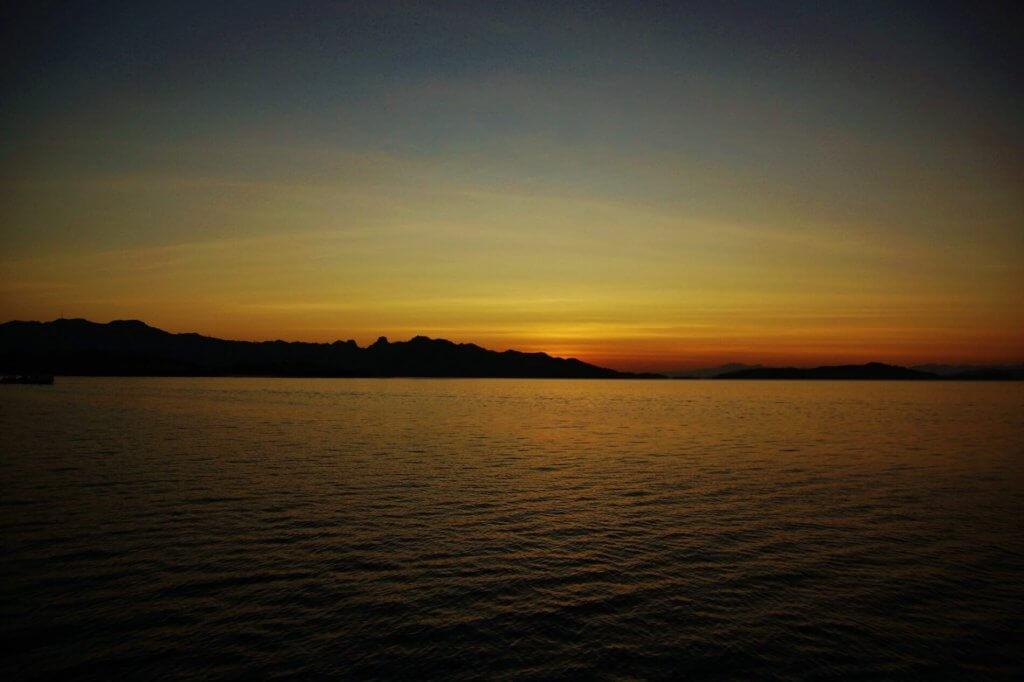 komodo national park zonsopkomst4