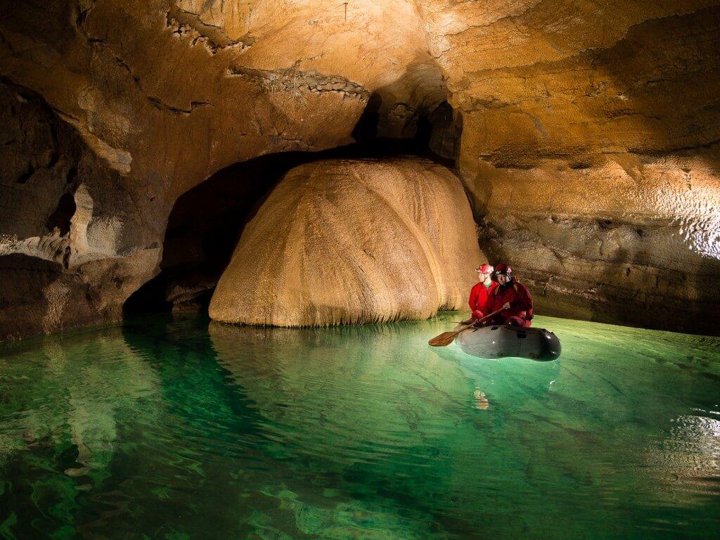 krizna grotten slovenie