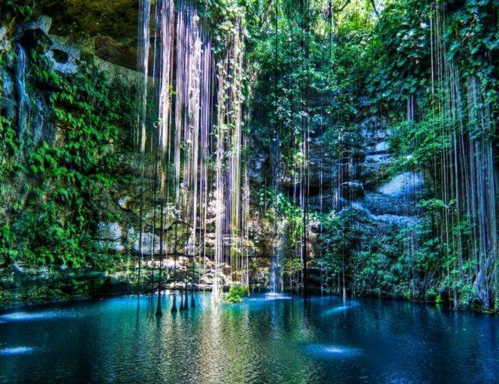 Dit zijn de 8 meest unieke natuurlijke zwembaden ter wereld!