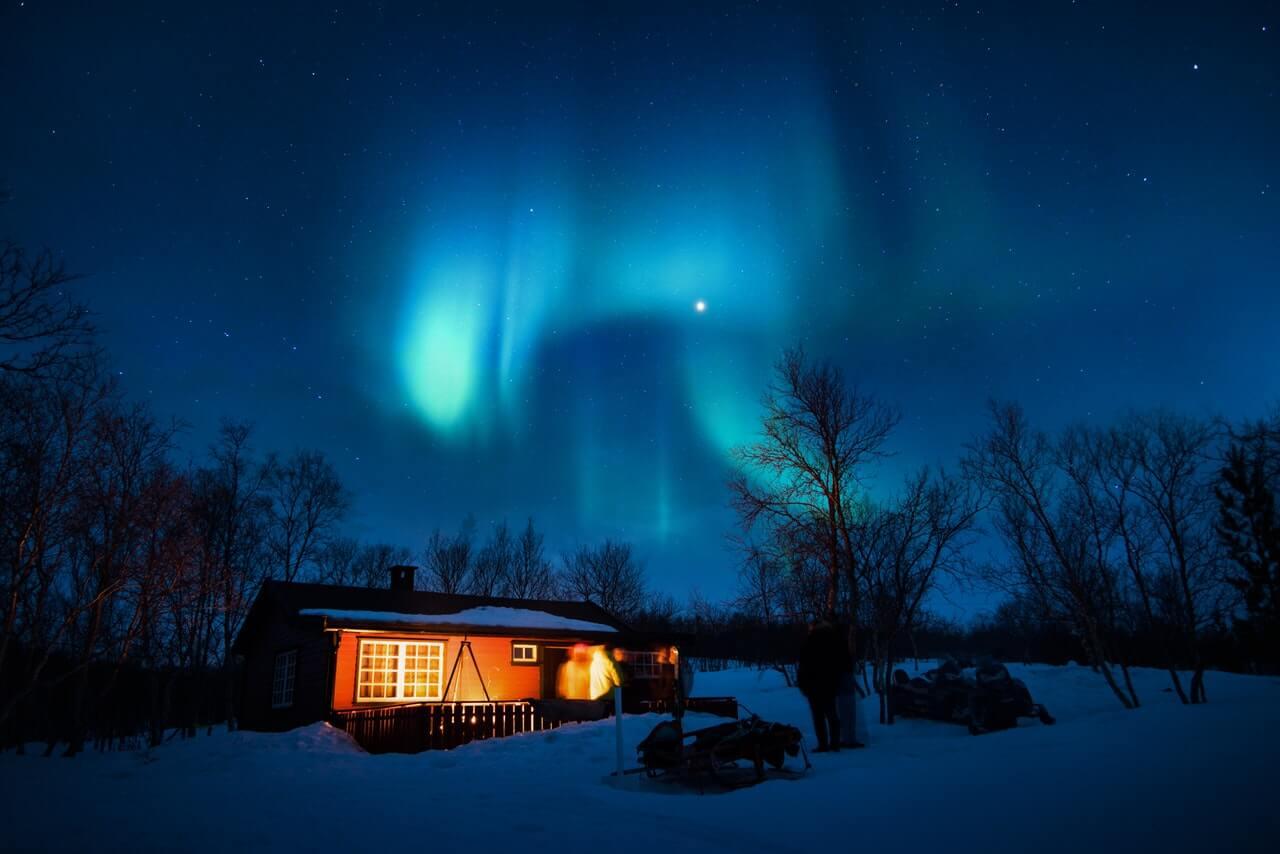 aurora-borealis-canada