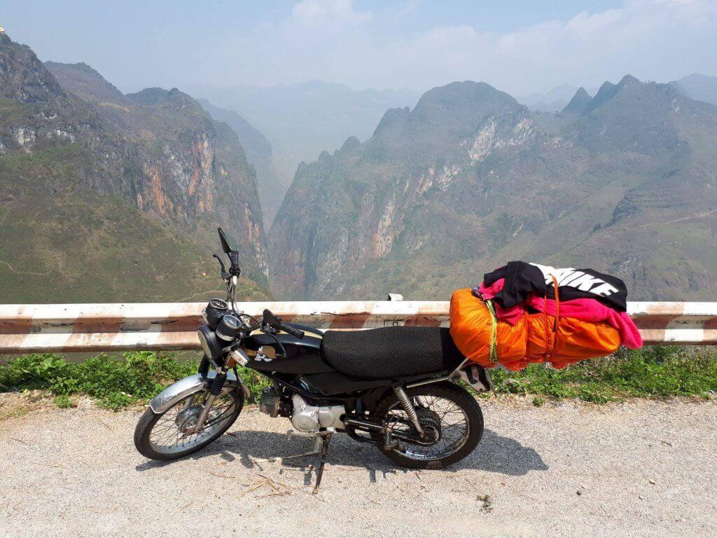 Uitzicht op het Dong Van Karst plateau, adembenemend mooi!