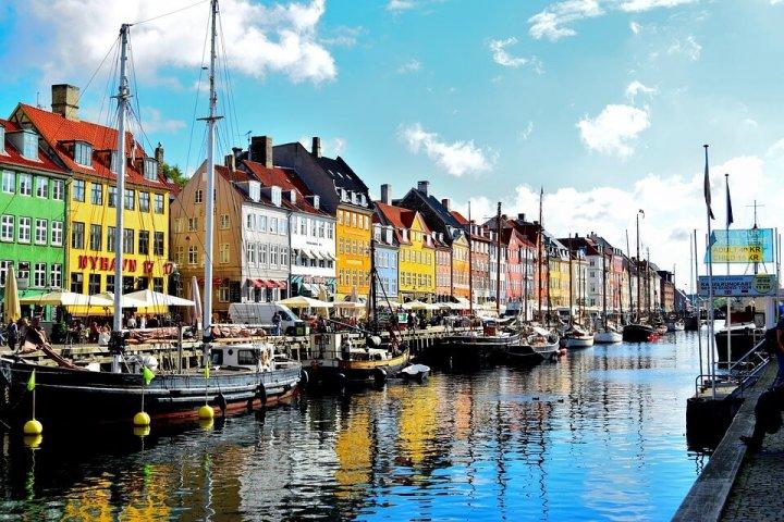 Met de bus door Europa touren: 5 mooie bestemmingen