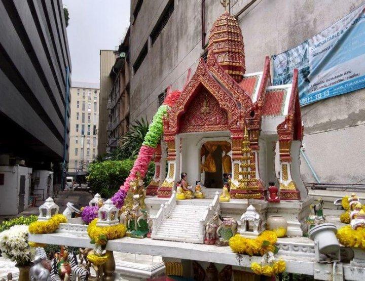 Geestenhuisjes in Thailand