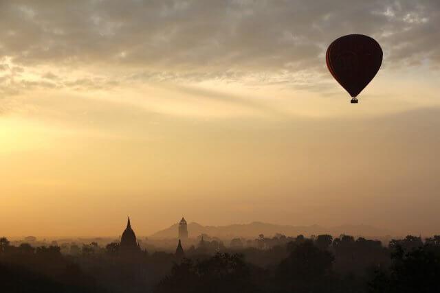 myanmar luchtballon 2