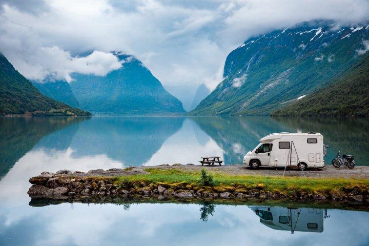 Dit zijn de 6 beste kampeerapps voor een vakantie met de camper