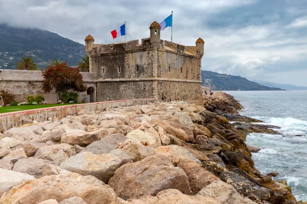 menton frankrijk fort aan zee