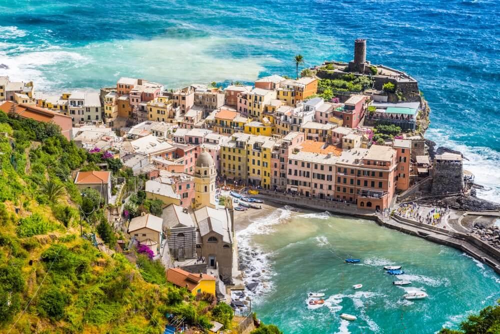 Cinque Terre, Italië: uitzicht over het dorpje Manarola