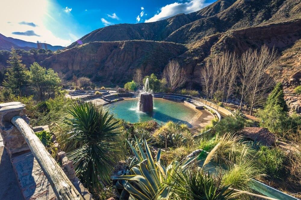 De Cacheuta thernale baden in Mendoza, Argentinië