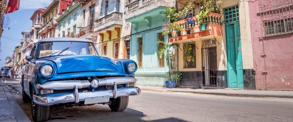 Oldtimer in de straten van Havana, Cuba