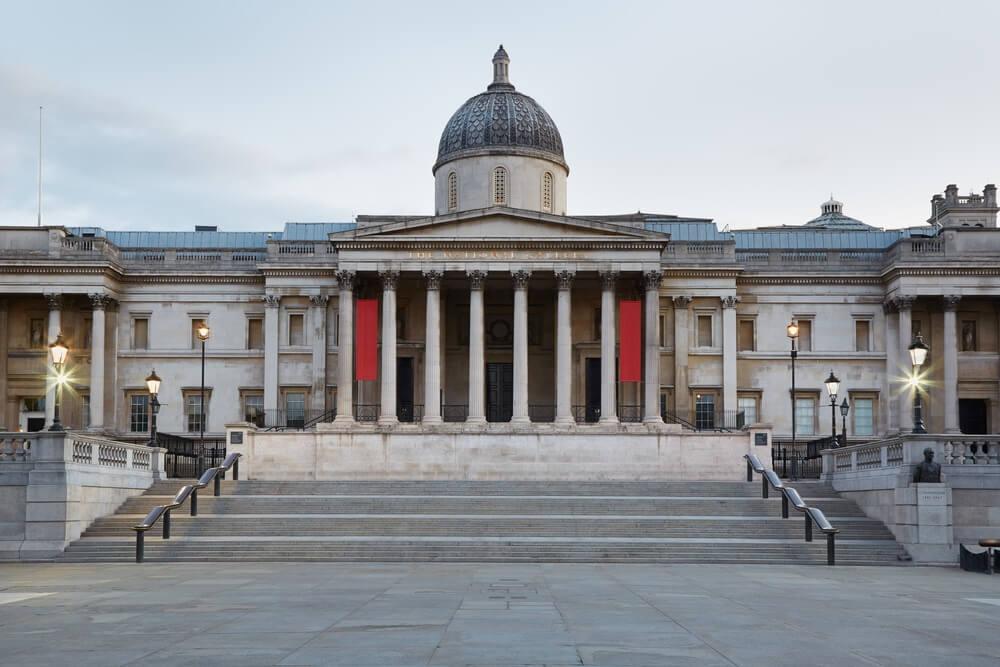 Het gebouw van The National Gallery in Engeland