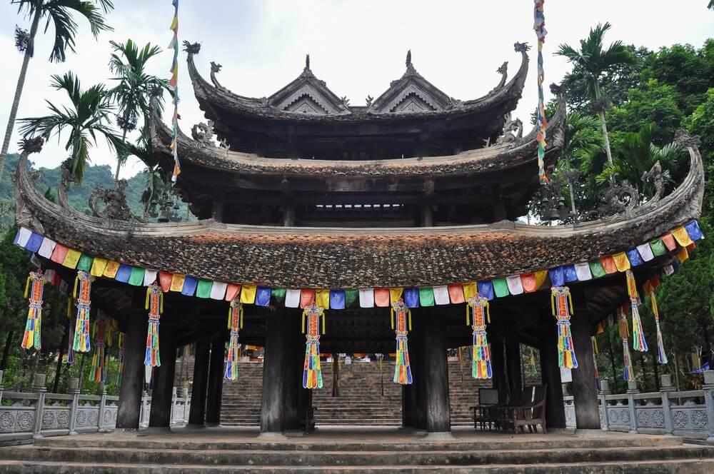 Tempel bij de Perfume Pagoda, vlakbij Hanoi city.