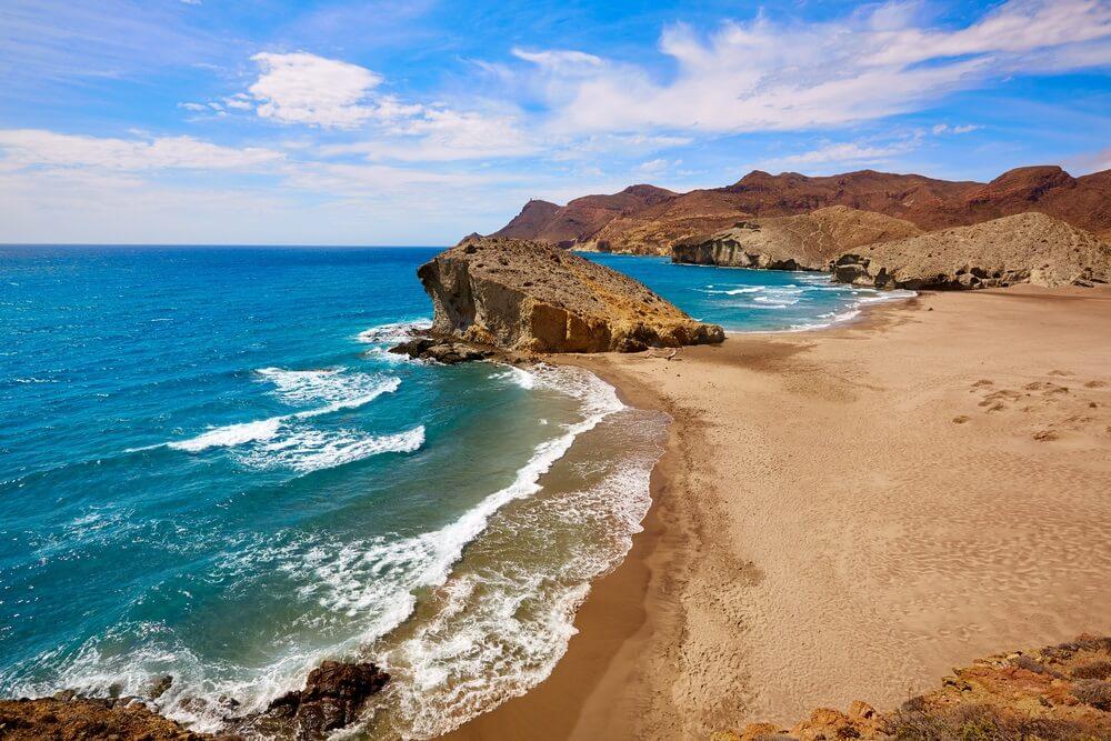 Playa de Monsul in Cabo de Gata in Spanje.
