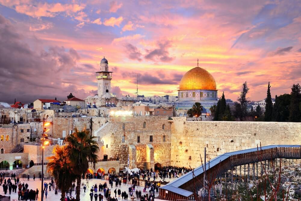 Skyline van de Oude Stad aan de Westelijke Muur en Tempelberg in Jeruzalem, Israël.