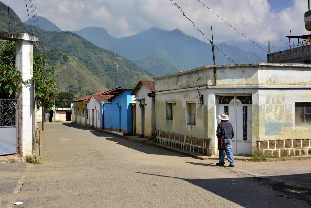 Straatje  van San Juan La Laguna, in Lake Atitlan, in Guatemala.