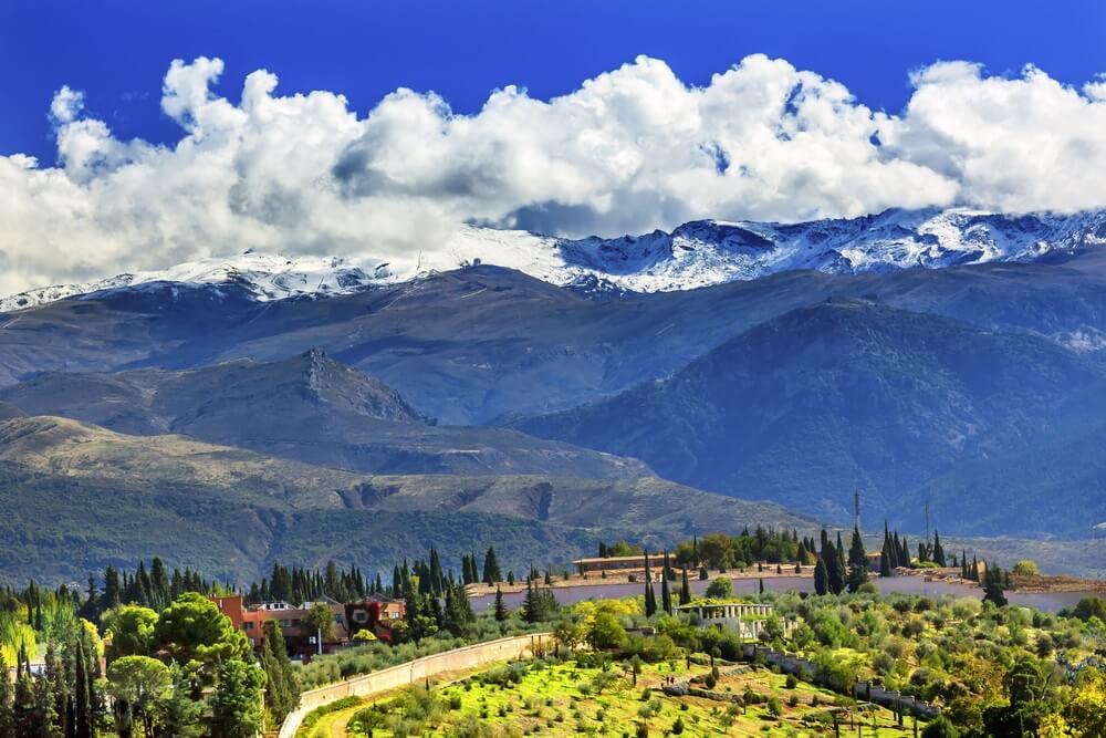 Alhambra boerderij in de  Sierra Nevada bergen, Granada Andalusië Spanje