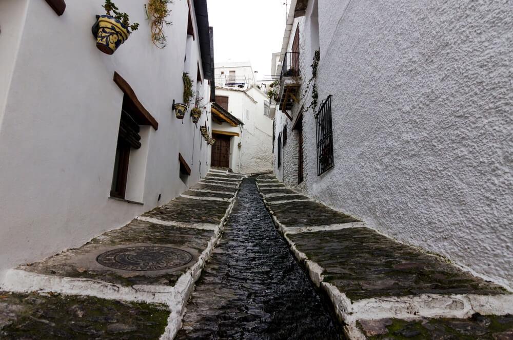 Pampaneira-stad. Alpujarras, Granada, Spanje