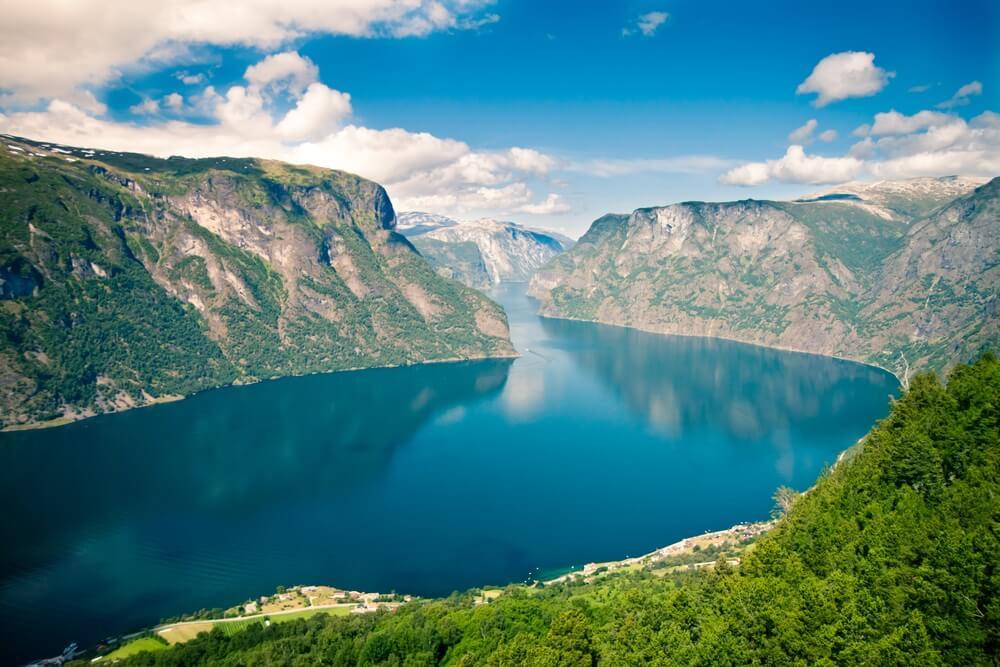 Uitzicht op Sognefjord in Noorwegen.
