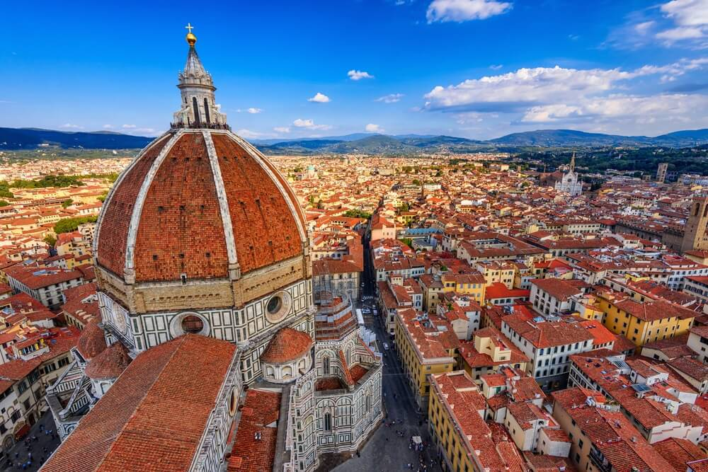 Duomo van Florence. Basilica di Santa Maria de Fiore (Basiliek van de Heilige Maria van de Bloem) in Florence, Italië. Florence Duomo is een van de belangrijkste bezienswaardigheden in Florence.
