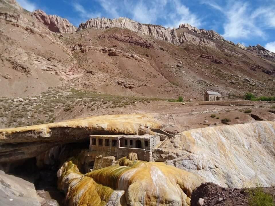 Puente del Inca, omgeving van Mendoza.