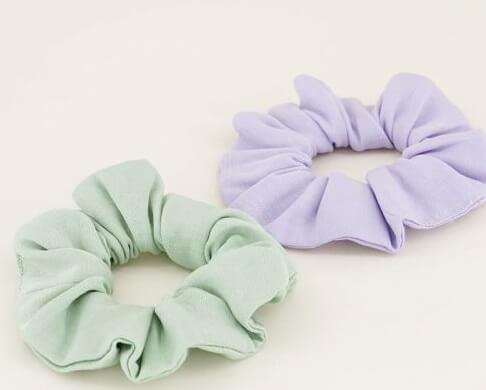 twee scrunchies