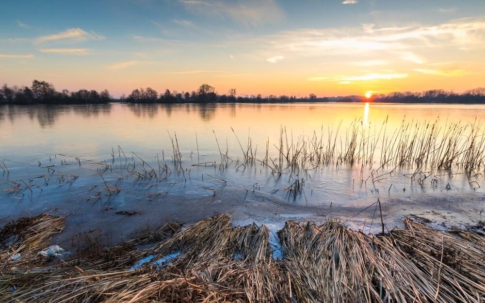 Maasplassen zonsondergang.,