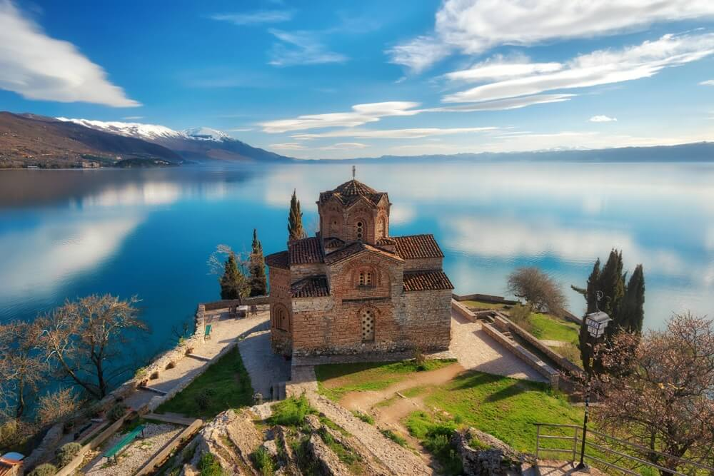 Kerk van Sint-Jan de Theoloog -te Kaneo, Ohrid, Macedonië.