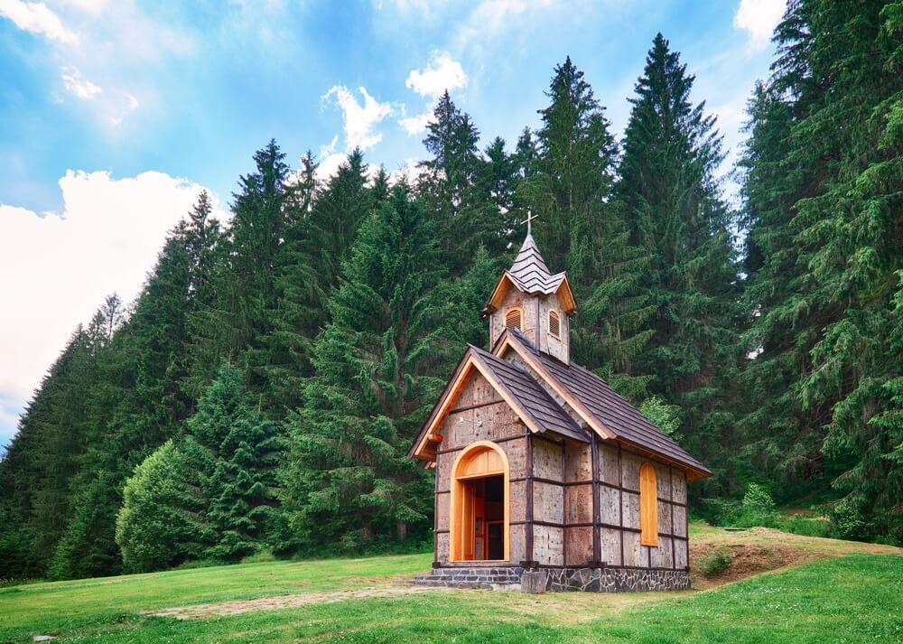 Houten kerk in Slowakije, Cierny Balog, Vydrovo.