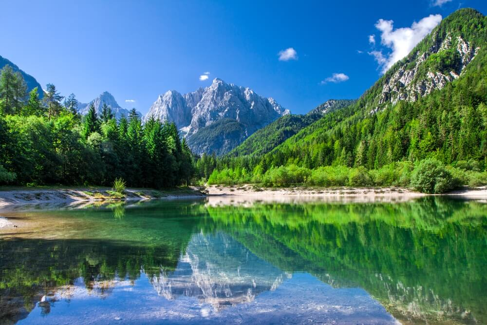 Vallei in het Nationaal Park Triglav, Julische Alpen, Slovenië.