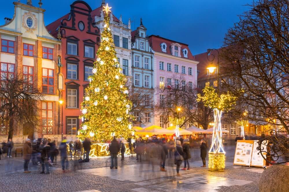 Kerst in Gdansk met een kerstmarkt op het centrale plein.