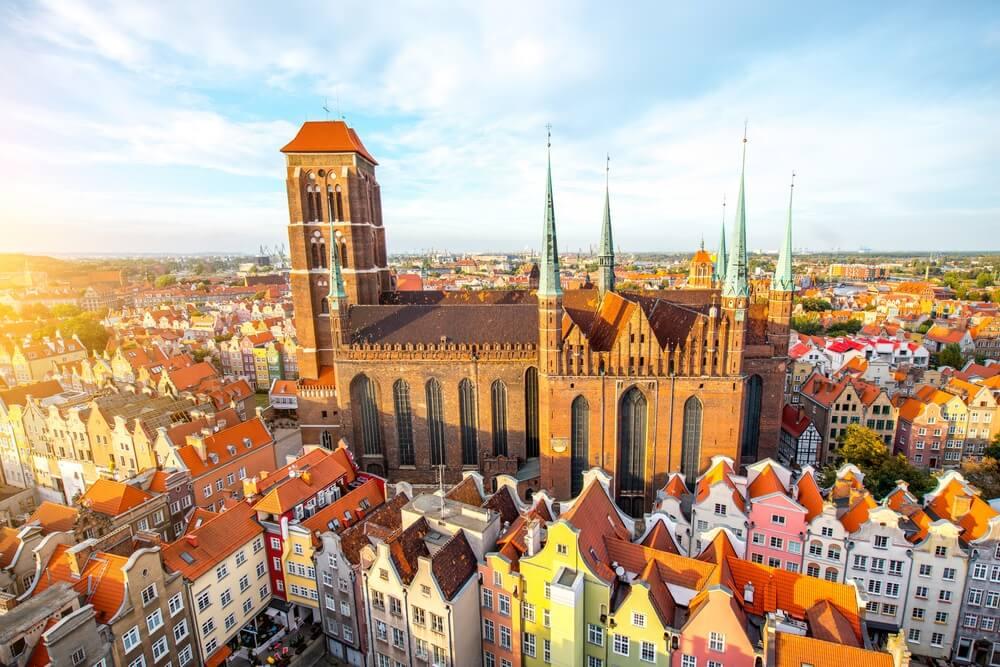 Luchtfoto van de kleurrijke stad Gdansk
