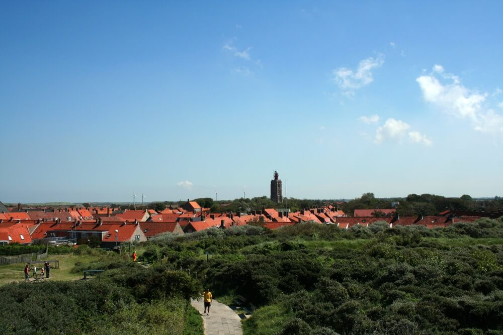 Nederland, Holland, Nederlands, Zeeland, Westkapelle. Uitzicht over het dorp.