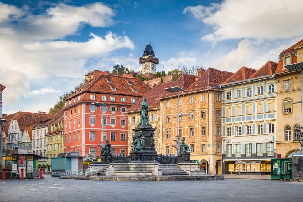 De Hauptplatz, oftwel het centrale plein in Graz, Oostenrijk.