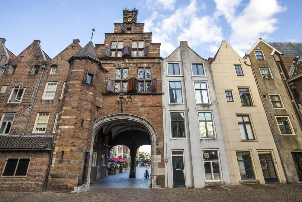 Het oude stadscentrum van Nijmegen, vlakbij Van der Valk Hotel.