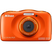 10. Nikon Coolpix W150 - Oranje