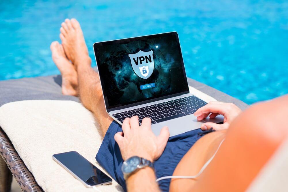Openbaar netwerk gebruiken Gebruik een VPN!